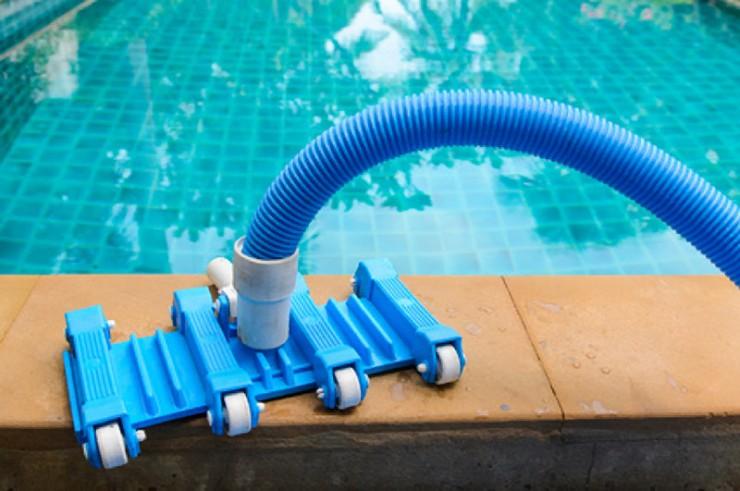 This Pool Vacuum Guide